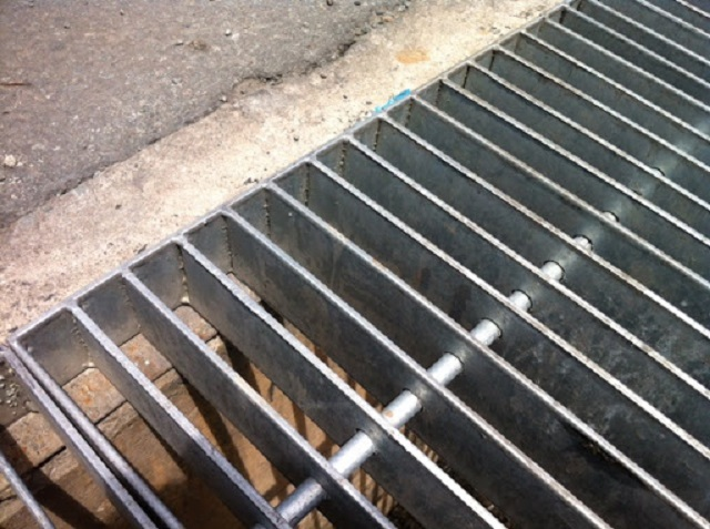 Nắp rãnh thoát nước đô thị là gì? Ứng dụng vào đâu?
